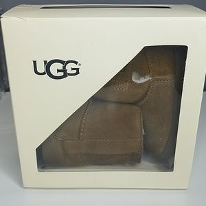 Infant uggs